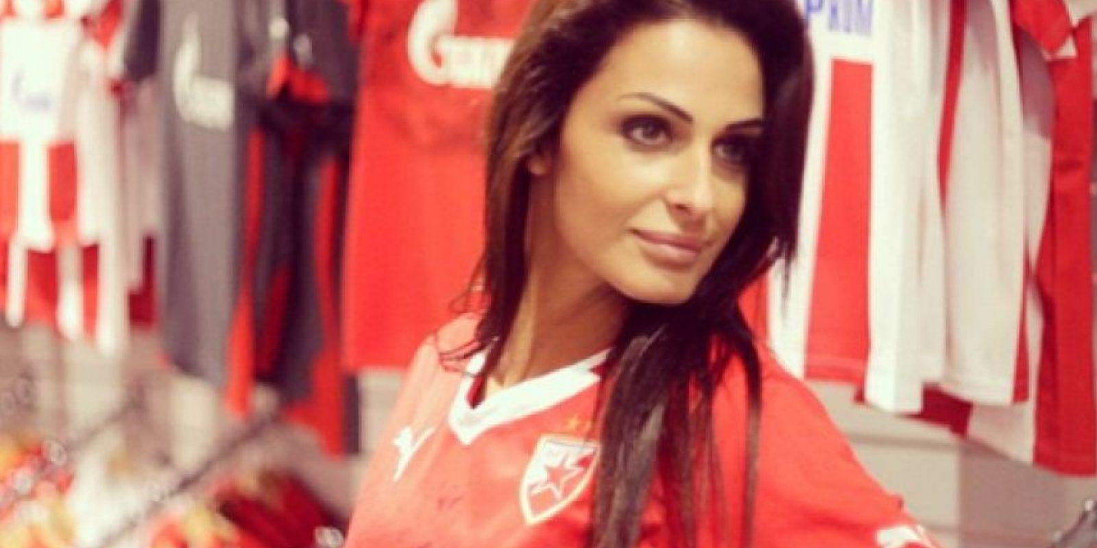 Ella trabaja para un programa de televisión del equipo serbio Foto:Instagram: @sreckoviceva
