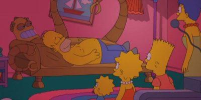 """VIDEO: Así es el """"couch gag"""" del capítulo que une a Los Simpson y Futurama"""