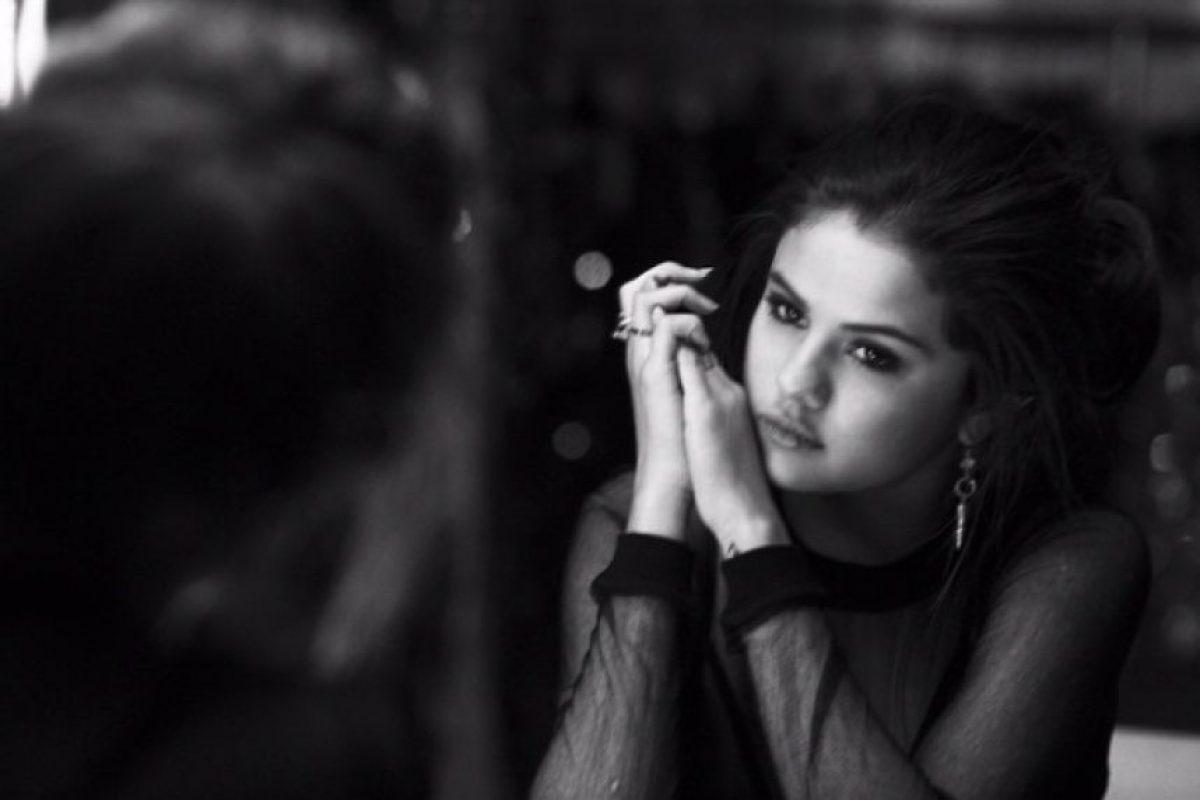 """Diversos medios como la revista """"People"""", han especulado sobre que esta canción fuera inspirada por su romance con Justin Bieber Foto:Instagram/Selena Gómez"""