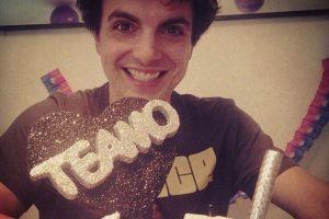 Es conocido por su distintivo falsetto y por ser el cantante del grupo de pop Miranda! Foto:Facebook Miranda!