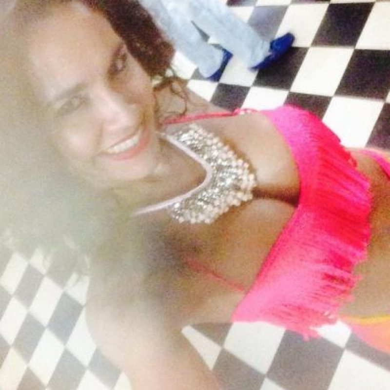 Ella es bailarina Foto:Twitter @Nievesjaller