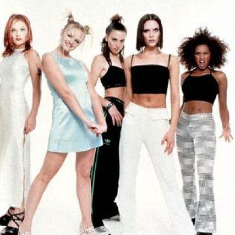 """Algunos críticos británicos las denominan como """"Iconos del pop inglés"""" Foto:Facebook The Spice Girls"""