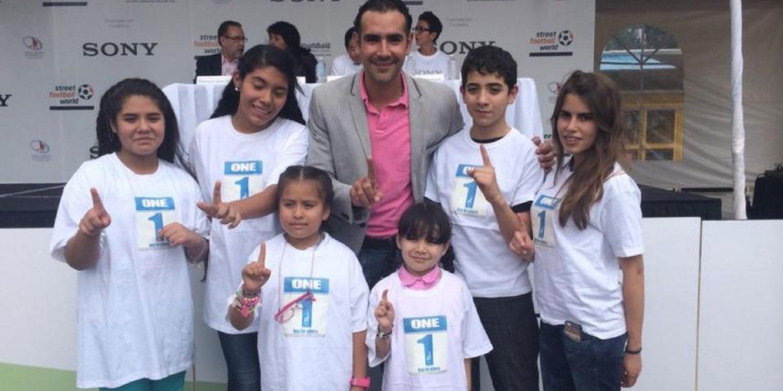 Era Director del deporte de la Delegación Miguel Hidalgo en la Ciudad de México. Foto:facebook.com/pages/Hugo-Sanchez-Portugal