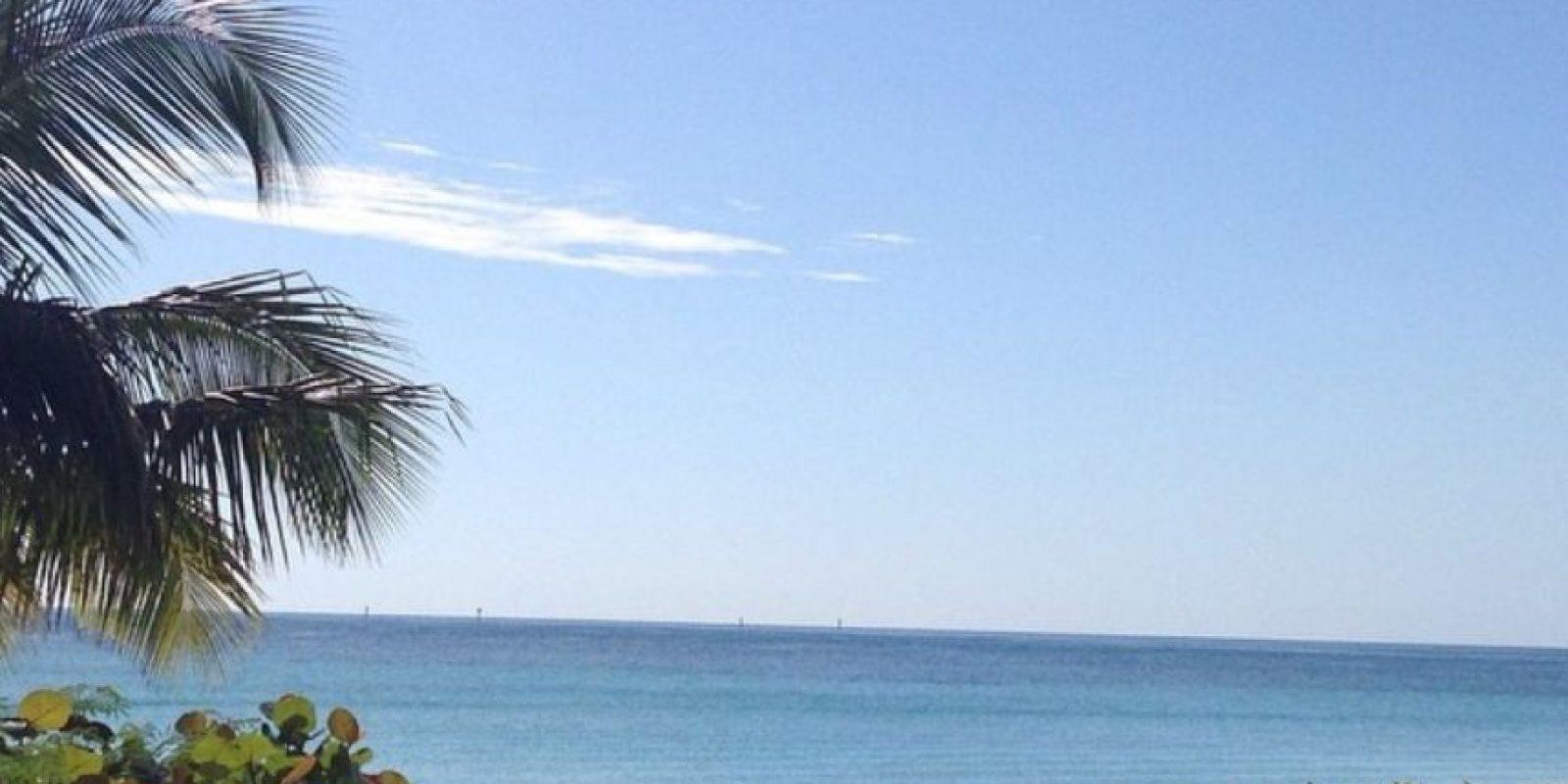 La paradisiaca vista que tienen las dos amigas del Caribe. Foto:instagram.com/carowozniacki