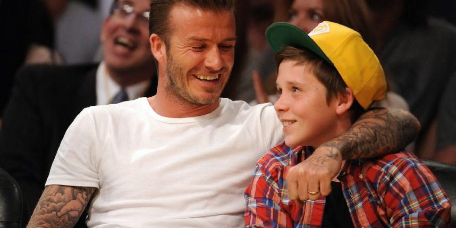 David Beckham y su hijo Brooklyn. Foto:Getty Images