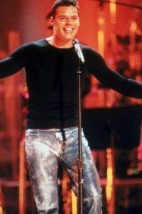 Ricky Martin, en los años 90, como un dios de la música latina. Foto:Getty Images