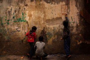 13. No hay que olvidar que los niños son las víctimas y que nunca se les podrá culpar del maltrato. Foto:Getty Images