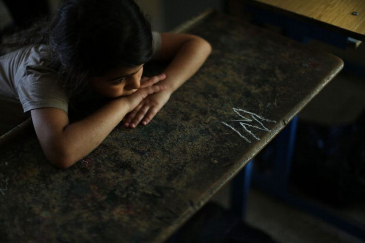 11. En situaciones de conflicto armado y entre los refugiados, las niñas son especialmente vulnerables a la violencia, explotación y abusos sexuales por parte de los combatientes Foto: Getty Images