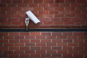 7. Para comercios, se recomiendan cámaras en lugares visibles. Se recomiendan a color. Foto:Getty Images