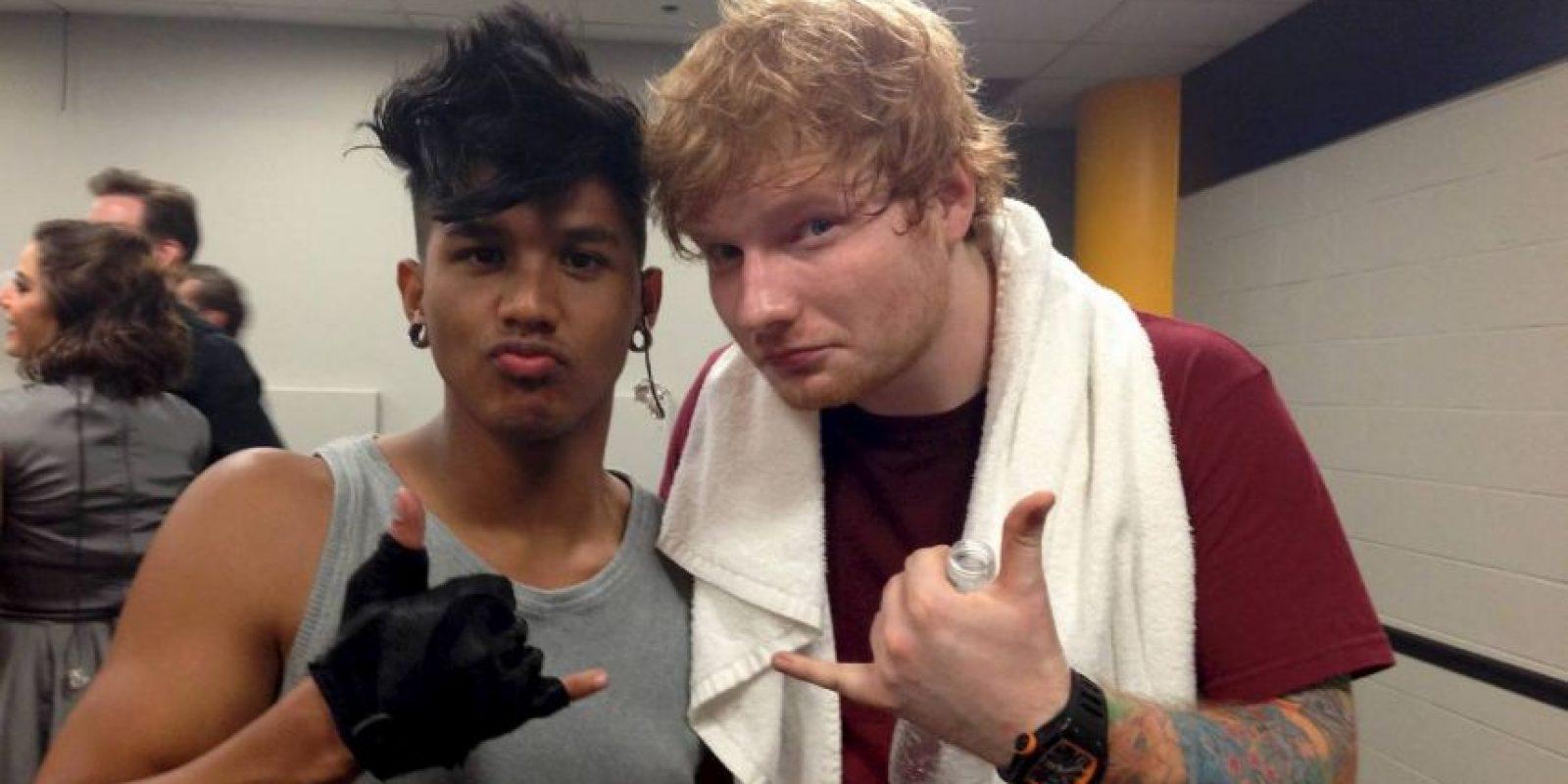 Y con el músico Ed Sheeran Foto:Vía Facebook