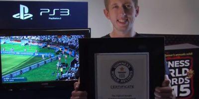 Superó lo hecho por Jacob Gary, quien le había marcado 189 goles al Fulham Foto:Youtube: Guinness World Records