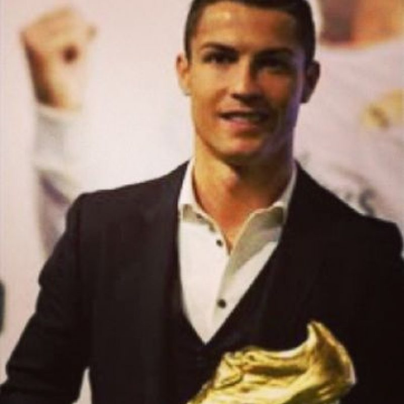 Bota de Oro como máximo goleador en la temporada 2013-2014. Foto:¡nstagram.com/cristiano
