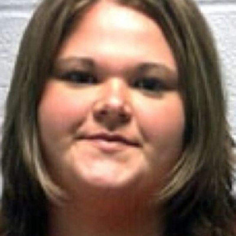 Amber Marshall, de 23 años, fue acusada de tener contacto sexual con varios estudiantes menores de 16 años Foto:Vía wnd.com