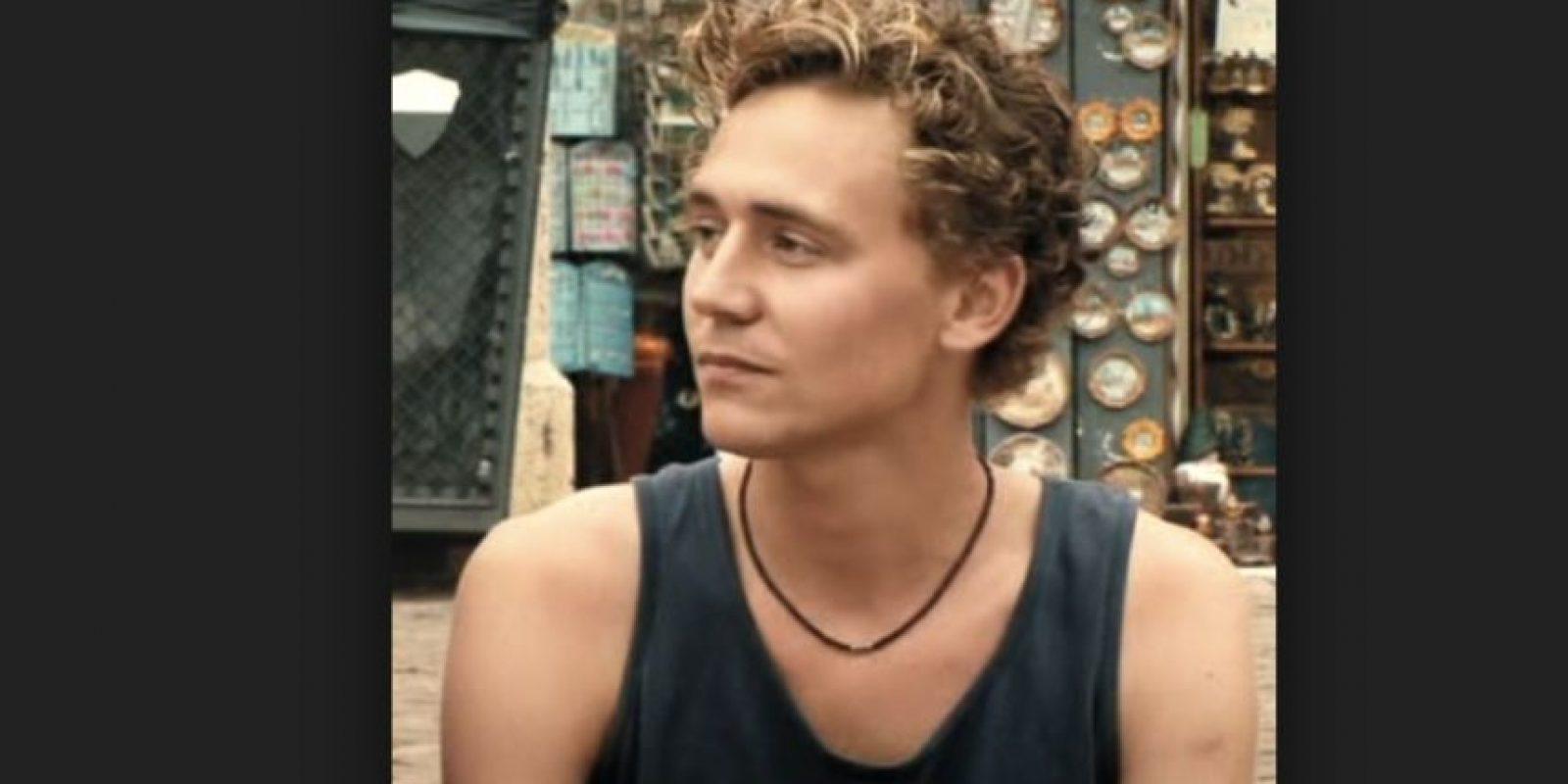 Tom Hiddleston, en una serie de la BBC, cuando tenía 20 años. Foto:BBC
