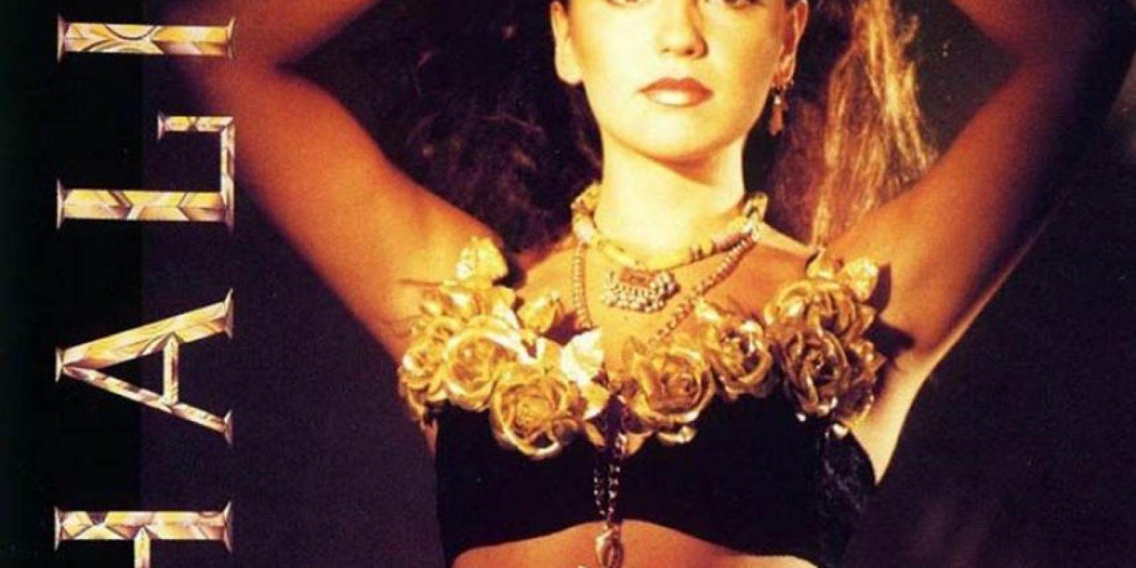 Thalia, al lanzar su primer disco en los años 90. Foto:Coveralia.