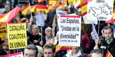 Este proveyó al portal español ABC fotos de él votando en los tres lugares. Foto:AFP