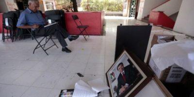 México: Protestas se intensifican, incendian sede del PRI