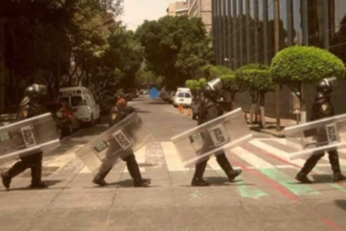 Abbey Road versión mexicana Foto:Twitter