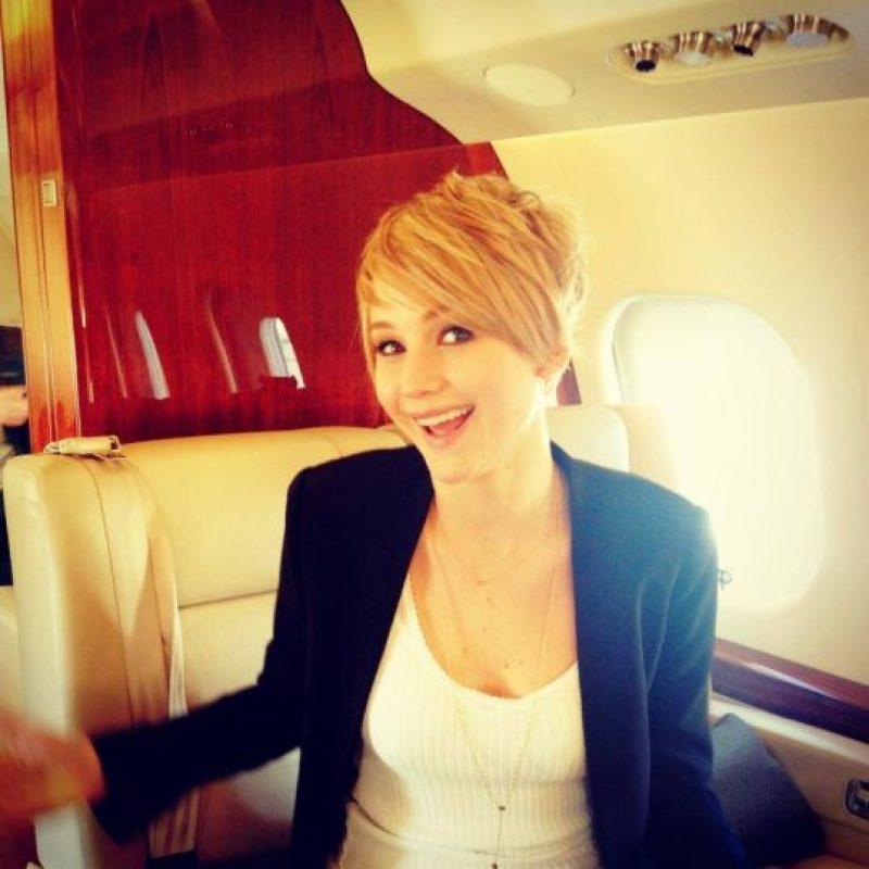 A pesar de usar aviones privados, ella no está acostumbrada a viajar con tantos lujos. Foto:Facebook/Jennifer Lawrence
