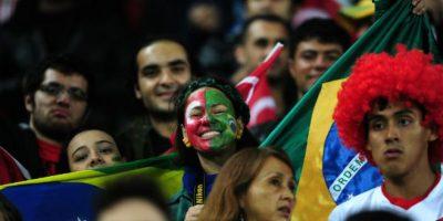 A pesar de la distancia, en Estambul también se hizo presente la afición brasileña. Foto:AFP