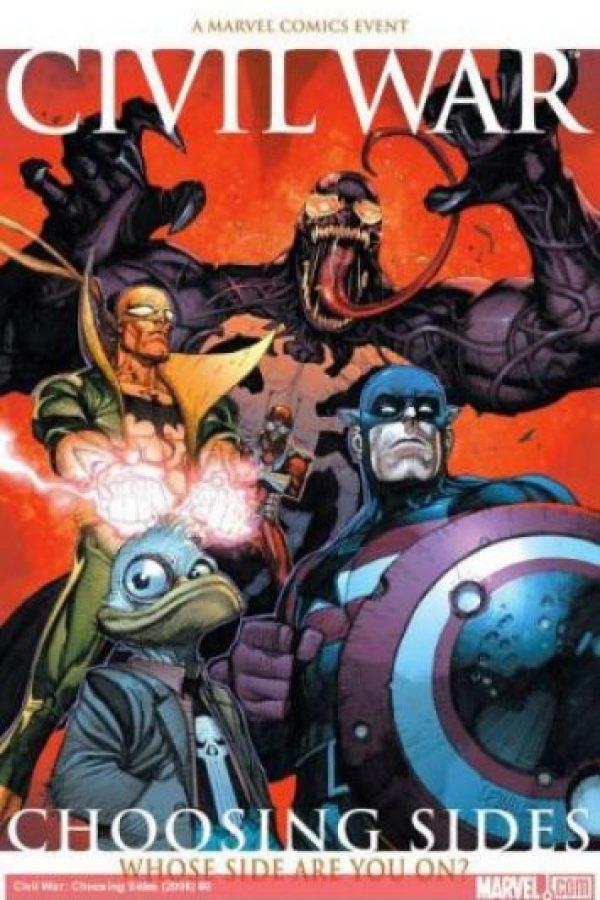 Una guerra se presentó en el mundo Marvel, donde varios de los personajes de la franquicia aparecieron siendo héroes o no Foto:Marvel Comics