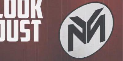 """En esta imagen podemos ver que las letras """"Y"""" y """"M"""" parecen imitar la esvástica nazi Foto:YouTube/Nicki Minaj"""