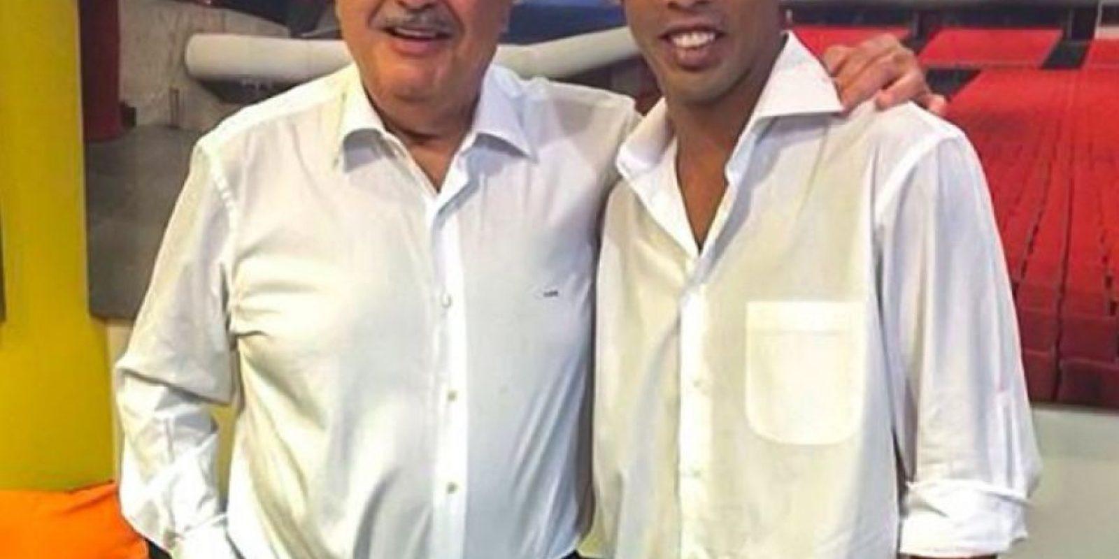 Se ha dejado ver con el magnate Carlos Slim Foto:Facebook: Ronaldinho Gaúcho