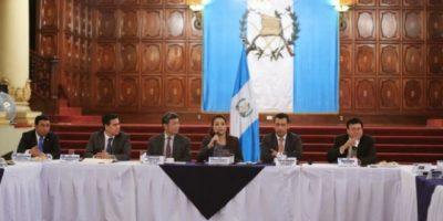 El Ejecutivo analiza ceder a pedido de reducir el presupuesto 2015