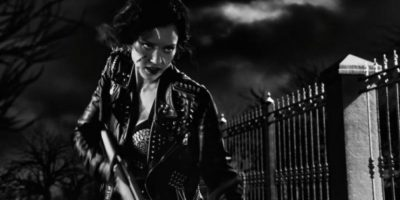 Transformación. El personaje de Jessica Alba sufre una transformación durante el desarrollo del filme Foto:Cineguate