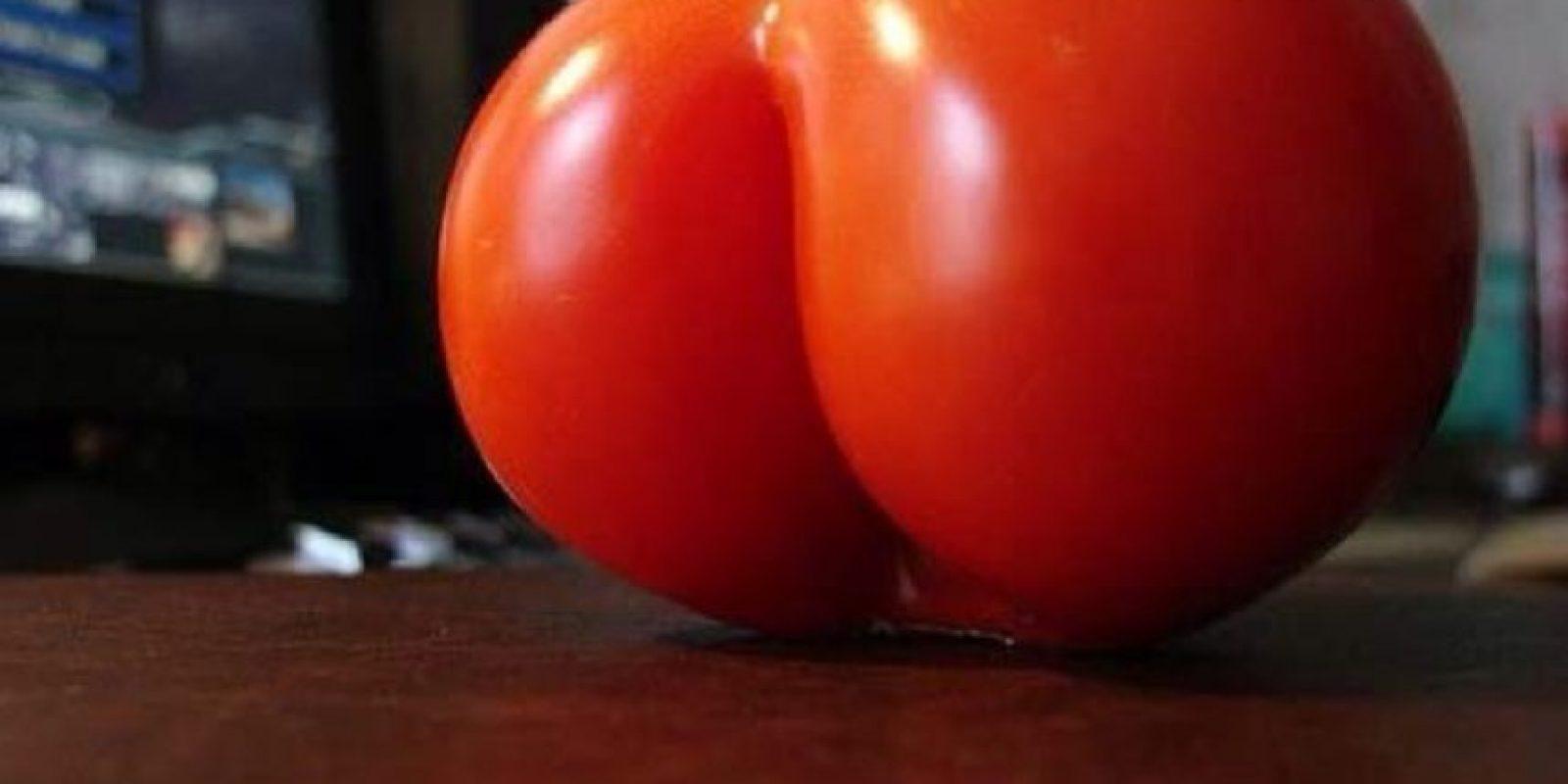 Y con tomates Foto: Vía Twitter
