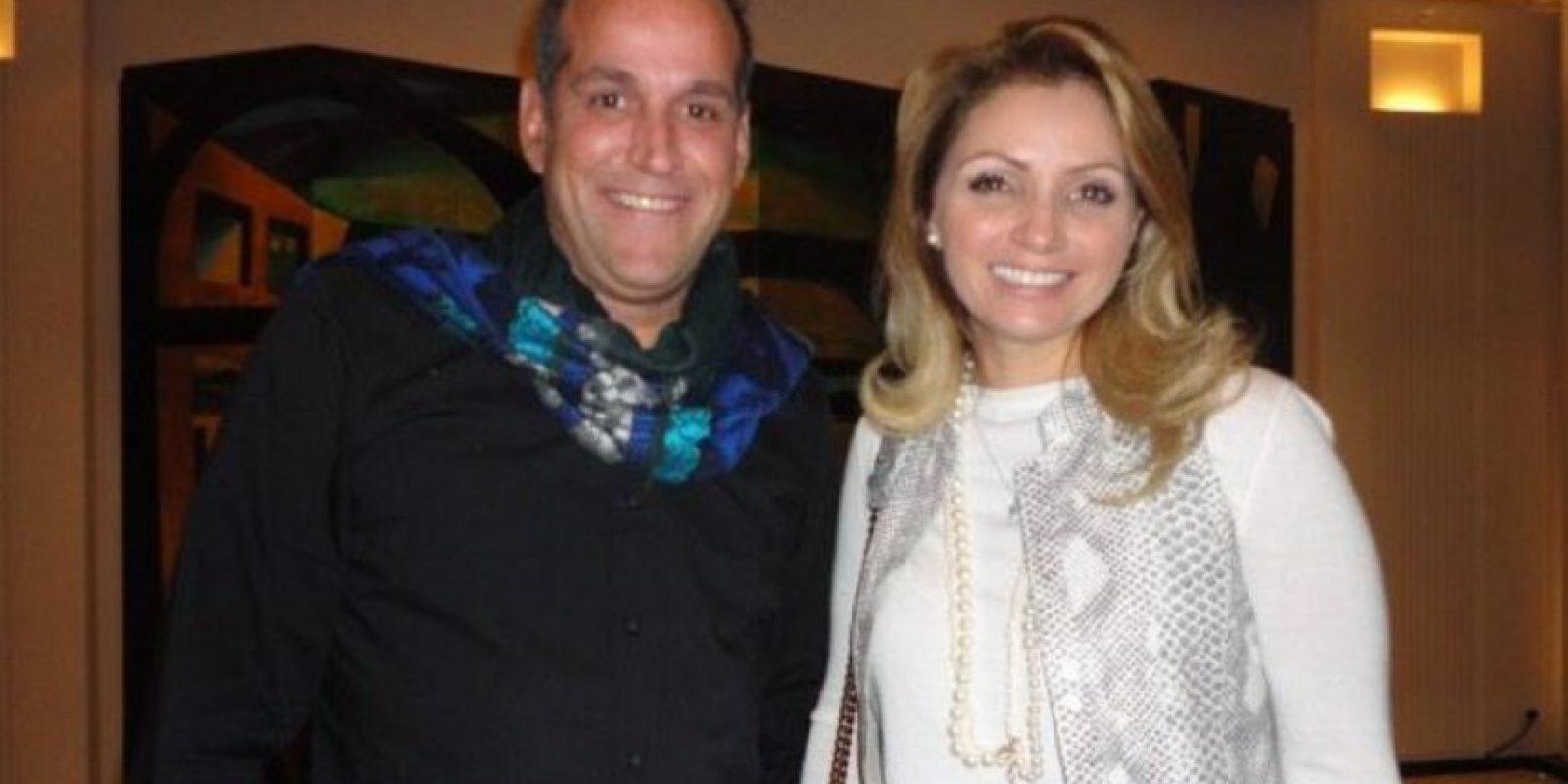 Su amor por las marcas de lujo. Foto:Página oficial Angélica Rivera
