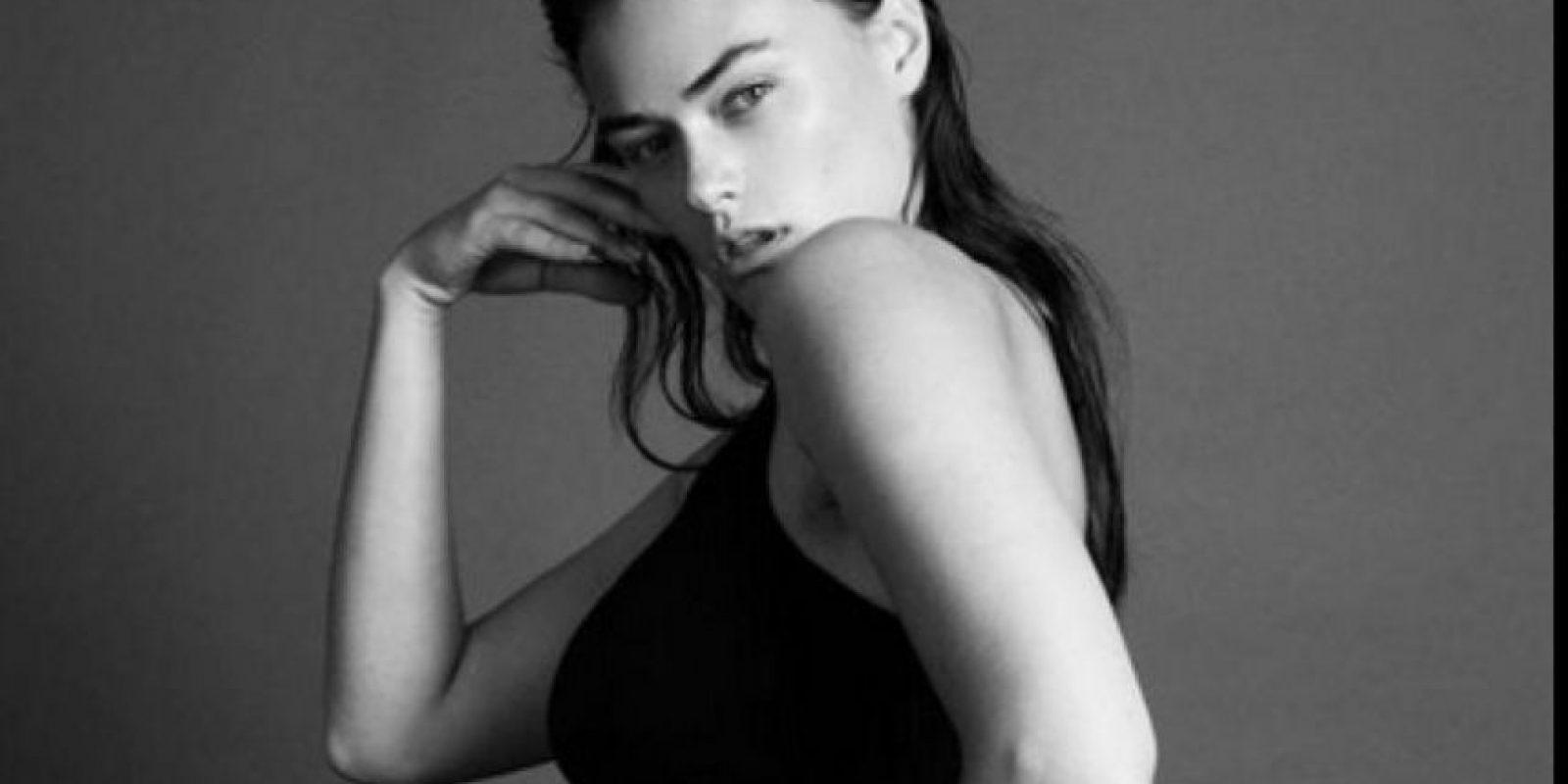 """Myla Dalbesio es la modelo que consideran que está """"gorda"""" para los estándares de las marcas Foto:Twitter"""