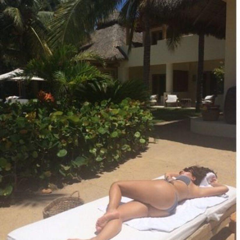 "En diciembre de 2007, Kardashian posó desnuda para ""Playboy"" Foto:Instagram @kimkardashian"