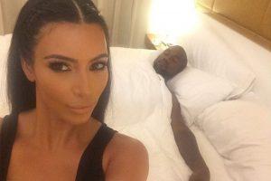 """También ha aparecido en varias ediciones internacionales de """"FHM"""" Foto:Instagram @kimkardashian"""