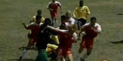 Toros Neza vs Selección de Jamaica: En 1997, los caribeños se preparaban para enfrentarse a México en la eliminatoria rumbo al Mundial de Francia 1998, pero antes tuvieron un partido de preparación Foto:Youtube: Televisa Deportes