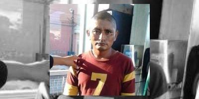 Insólito: Trasladan a un reo en Transmetro