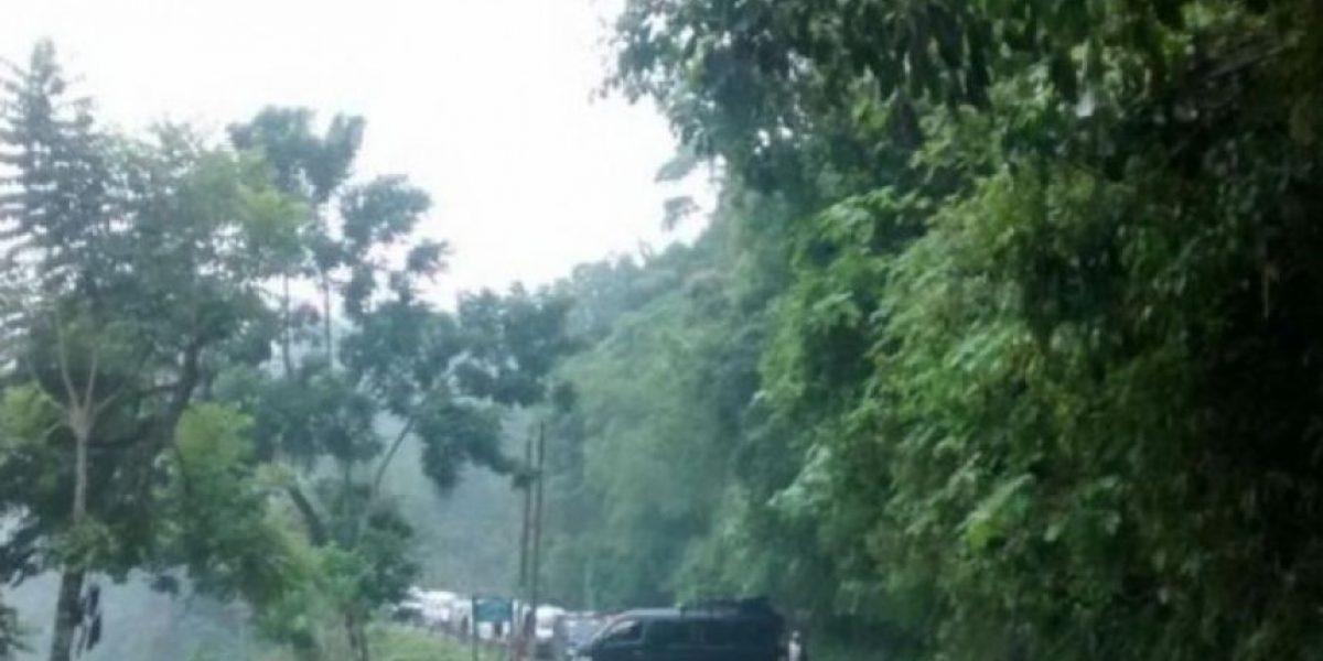 Nueve carreteras continúan bloqueadas