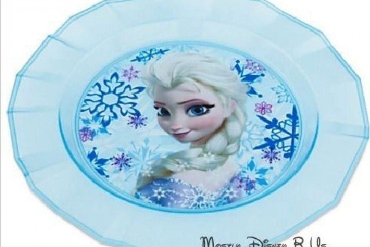 Vajillas con los personajes de Frozen Foto:Ebay