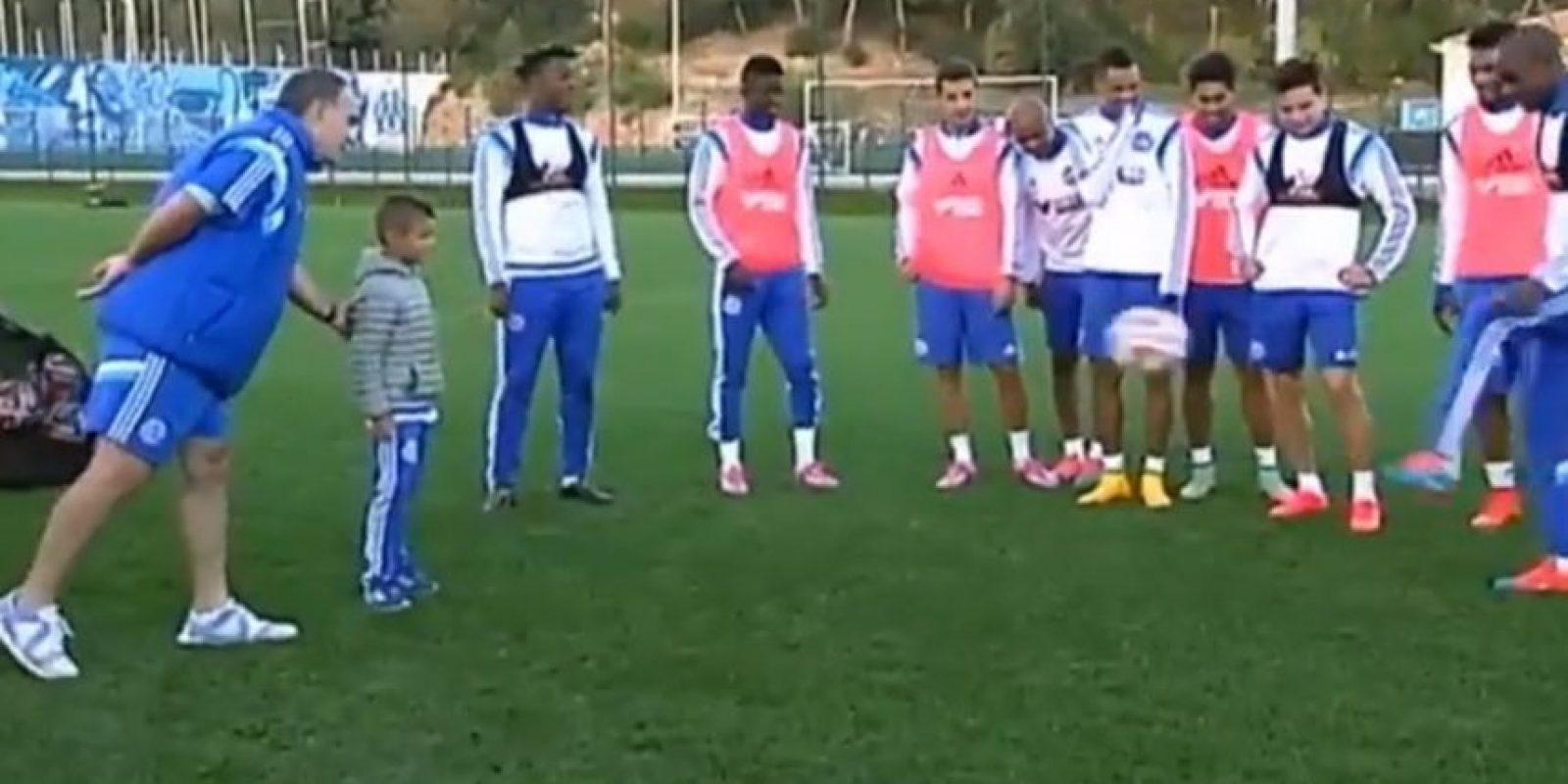 Recientemente, Marcelo invitó a un niño de las catgorías menores del Marsella para que se uniera al entrenamiento. Foto:vía YouTube