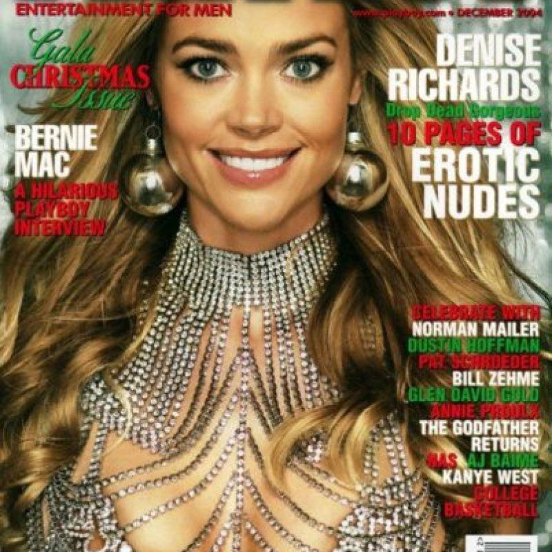 Denise Richards aceptó una oferta de dos millones de dólares para posar desnuda en Playboy en 2005. Foto:Vía Playboy