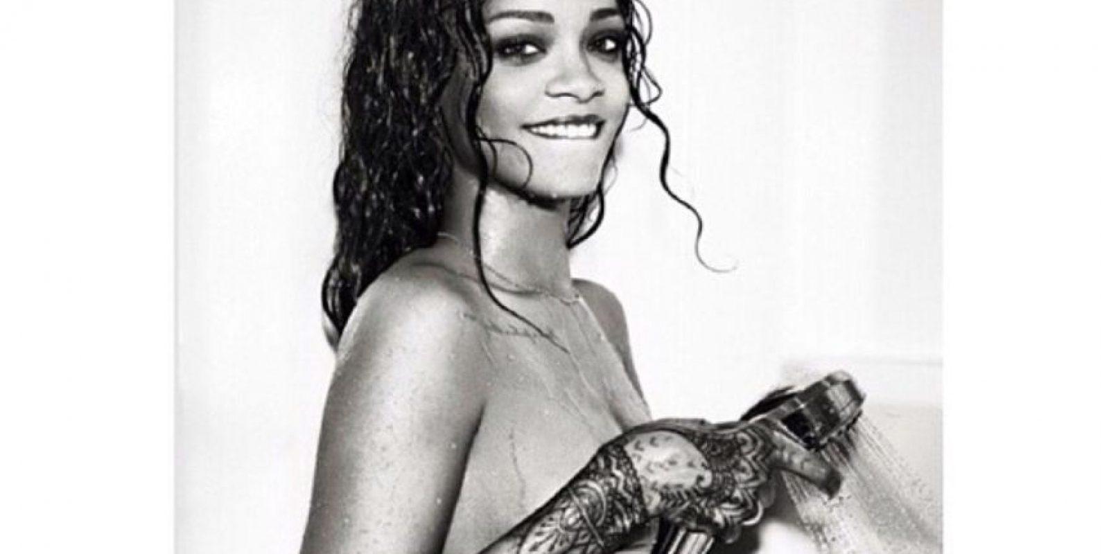 """A Rihanna se le ha ofrecido un millón de dólares por posar desnuda para """"Playboy"""". Foto:BadGalRiri vía Instagram"""