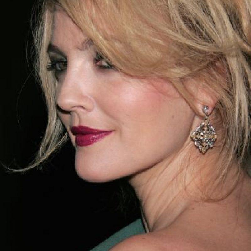 Drew Barrymore recibió un millón de dólares para posar desnuda en Playboy. Foto:Getty