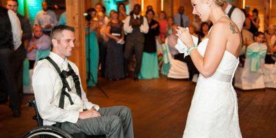 Se conocieron y, cuatro meses después, él perdió la movilidad en las piernas Foto:Cortesía linnealiz.com