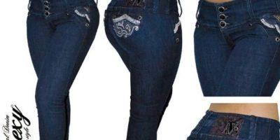 """""""Anorexy Jeans"""" es una marca colombiana que vende jeans para mujeres curvilíneas, muy al estilo de este país. Foto:Anorexy"""