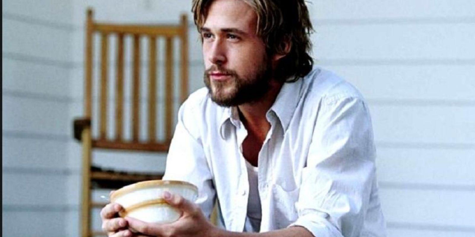 """Ryan Gosling, con su look en """"The Notebook"""" y posteriores apariciones, también lo es. Foto:Tumblr"""