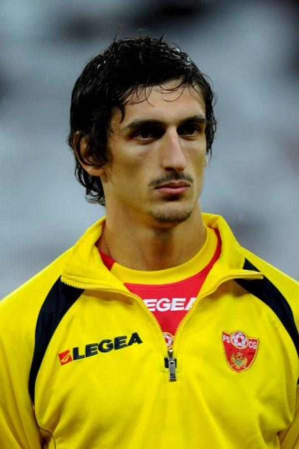 Stefan Savic es un futbolista montenegrino de la Fiorentina Foto:Getty