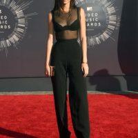 Su madre, Kris Jenner, una empresaria y mánager de sus hermanas mayores v Foto:Getty Images