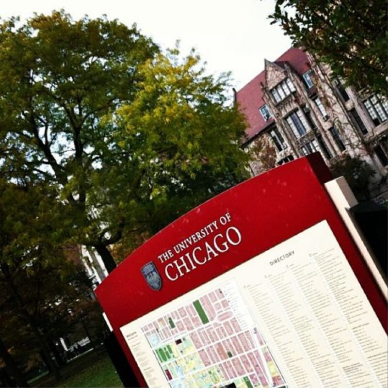 5. Universidad de Chicago- 10 egresados multimillonarios. Foto: Vía Instagram @uchicago