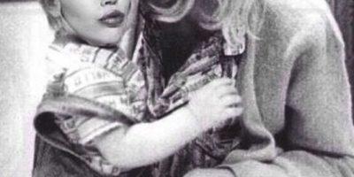 FOTOS: Miley Cyrus publica sus fantasías amorosas en Instagram