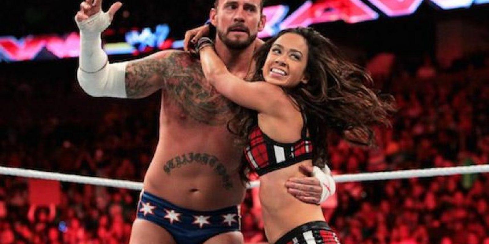 Después, Punk se casó en junio pasado con AJ Lee Foto:WWE